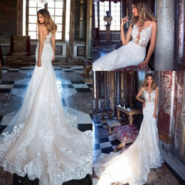 2018 Vintage Sexy Illusion Bodices Mermaid Wedding Dresses Sheer Neck Sleeveless Lace Appliques Court Train Church Bridal Gowns Plus Size