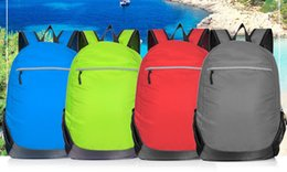 The latest version of cool flash large capacity backpack, both men and women use, cheap price and good quality, travel first choice