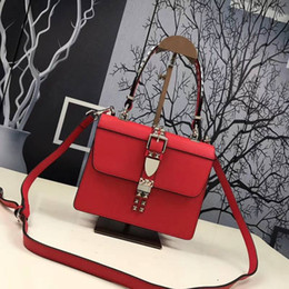 2018 new model fashion bag paris show bag daily leather lady popular bag