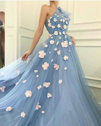 2018 Light Blue Prom Dresses A Line One Shoulder Floral Decorated Tulle Sweep Train Pageant Gowns