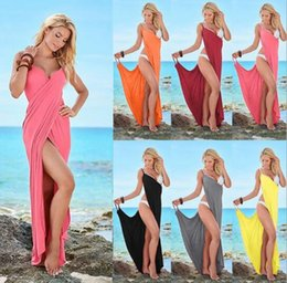 Explosions, bandages, bandages, sexy, European and multicolored beach dress.