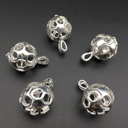 10 pieces of football oil diffuser jewellery provides silver-plated silver pendant - and your own pearls make it more attractive