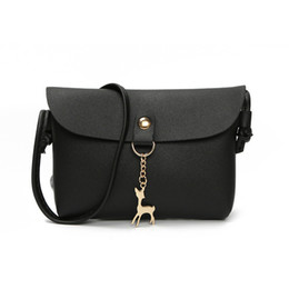 Wholesale Women Shoulder Bag Simple Style Stylish Metal Fawn Decorative Button Handbag woman PU Mini Messenger Crossbody Bag