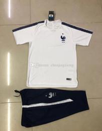 3A+Club 2018 Real Madrid Short Sleeve Training Suit 3 4 Pants kit RONALDO 17 18 Chandal Uniforms Maillot de foot Survetement Football shirts