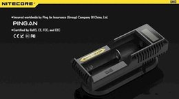 Original Nitecore UM10 Battery Charger Intelligent Single Charger for 18650 14500 10440 16340 Battery VS UM20 Nitecore I4 D4 D2 I2 Xtar VC4