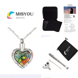 Wholesale fashion accessories to commemorate the loved ones of loved ones. Custom-made stainless steel heart-shaped urns necklace pendant