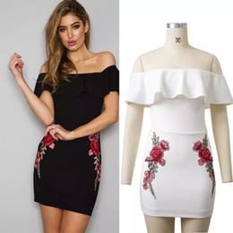2018 fashion new item women wrapped chest embroidery flounces Halter Dress