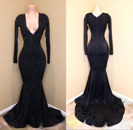 Vintage Black African Prom Party Dresses 2018 Long Sleeves Deep V Neck Bead Sequins Shiny Formal Evening Gowns