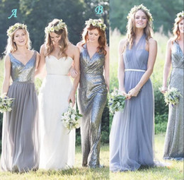 Sparkly Sequined Mixed Neckline Long Bridesmaid Dresses A Line Chiffon Tulle Bridesmaid Formal Dress Summer Beach Wedding Party Wear