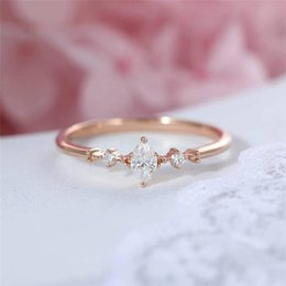 NEW 2018 Brand Fashion Romantic Glaring White CZ Gemstone Rose Gold Flower Shaped for women Weddings Ring Jewelry Gift