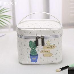 Woman Cosmetic Bags Dot Feather arrows Pattern Organizer Makeup Bag Folding Travel Toiletry Bag Storage Beauty Bag