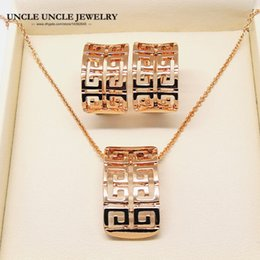 Rose Gold Color Classic Retro Rome Design Hollow Out Woman Fashion Jewelry Set Necklace Earrings Wholesale