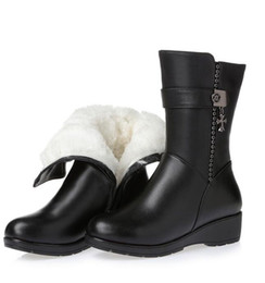 2019 new winter shoes woman inside plush and wool warm shoes snow boots genuine leather women's boots with wedges fashion boots Large size
