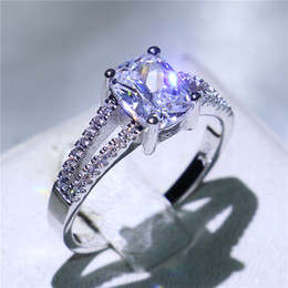Simple Style Design White Gold Filled Jewelry 4ct Cubic Zirconia Prong Setting Promise Engagement Finger Ring For Bride-to-be Size5-10