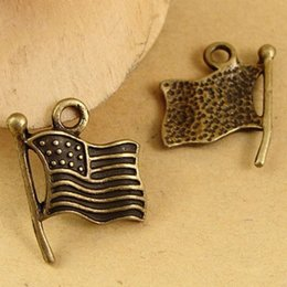A1637 16*19MM Antique Bronze Retro USA flag charm beads, mobile phone pendant jewelry alloy jewelry, American United States flag charm