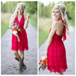 2018 Red New Arrival Countryside Little Red Short Bridesmaid Dresses Halter Neck Backless Full Lace Wedding Party Wear Maid of Honor Gowns