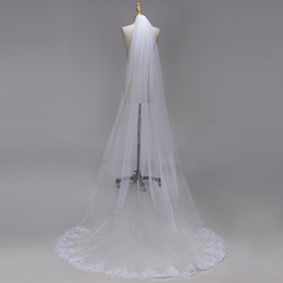 3 Meters Long Cathedral Length Wedding Veils White Ivory Lace Appliques Edges Bridal Veils with Comb CPA1382
