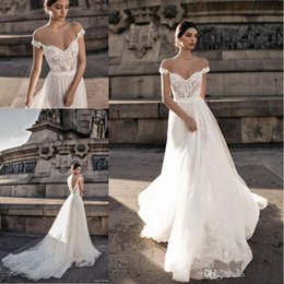 2018 Gali karten Boho Wedding Dresses Illusion Bodice A Line Off Shoulder Sweep Train Backless Lace Appliques Beach Bridal Gowns Customized