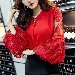 2018 spring new boutique ladies small shirt lantern sleeve chiffon shirt lace long-sleeved embroidery blouse