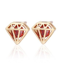 Hollow Out triangle with Cubic Zircon Stud Earrings for Women Vintage Gold Plated Jewelry boucle d'oreille
