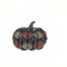 Vintage Red Halloween Pumpkin brooch Art Nouveau Gold Tone Brooch Pin with Austrian Crystal