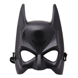 2018 1Pcs Halloween Half Face Batman Mask Black Masquerade Dressing Party Masks Cosplay Mask Costume Supplies free shipping new hot sales