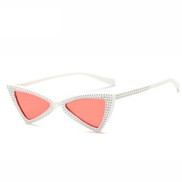 2018 New Fashion Crystal Frame Cat Eye Sunglasses Women Luxury Diamond Small Triangle Designer Sun Glasses For Female Shades