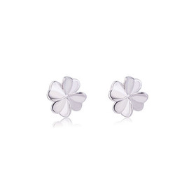2019 New Trend Four-leaf Clover Earrings Female Simple Temperament Jewelry Hypoallergenic Personality Sweet Earrings Birthday Gift