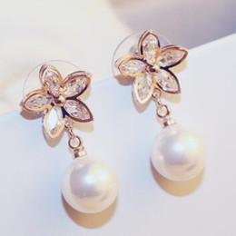 18K Gold Plated Cubic Zircon Flower Drop Earrings for Women Wedding Jewelry Fashion White Red Pearl Dangle Earrings Vintage Fine Accessories