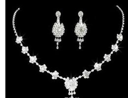 white color cystal beads flower wedding bride lady's set necklace earingsrgrt bfgf