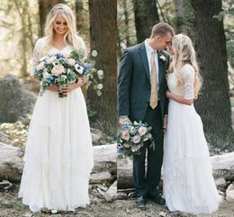 2018 Cheap Western Country Bohemian Wedding Dresses Lace Modest V Neck Half Sleeves Long Bridal Gowns Plus Size Garden Forest