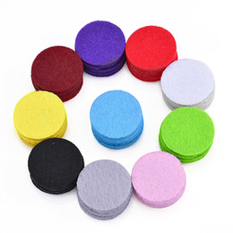 Jewelry 100 pieces bag advanced aromatherapy essential oil diffuser pendant necklace replacement pad, color mix and match