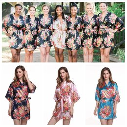 Floral Satin Bridesmaid Robe Wedding Day Robe Bridesmaid Gifts Flower Print Kimono Dressing Bath Robe for woman CNY210