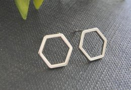 30Pair Cut Out Hexagon Honeycomb Stud Earring Open Line Hive Hexagon Earring Simple Minimalist Geometric Stud Earrings