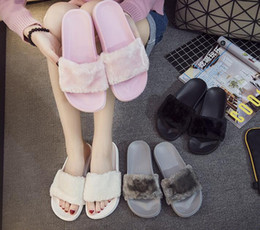 2018 Luxury slippers women genuine leather mules Flat Mules Casual Shoes Loafers With Fur Fashion Outdoor Slippers Ladies winter