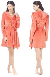 Autumn and winter thick flannel Nightgown Pajamas long sleeved clothes Home Furnishing couple lady coral fleece bathrobe