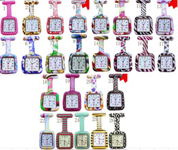 Wholesale 1000pcs lot 26colors Square Colorful Prints Silicone Nurse watch Pocket Watches Doctor Fob Quartz Watch Kids Gift Watches NW017