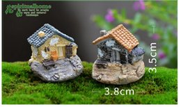 Wholesale Cheap Mini Resin Cartoon House Micro Landscape Figurines Cartoon Toys Ornament Miniature Moss Terrarium Bonsai Pots Decor