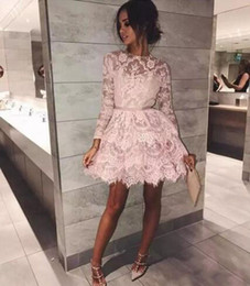 Vintage Lace Short Cocktail Dresses Party Evening Gowns Sheer Jewel Neck Illusion Long Sleeves Blush Mini Prom Dress Custom Made