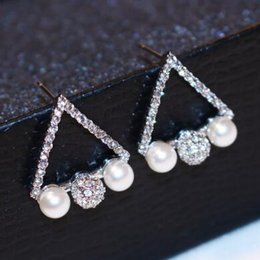 Full of Crystal triangle Earrings for Women Fashion Jewelry Korean Pearl Earrings 18K Gold   Silver Plated Stud Earrings High Quality