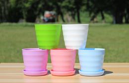 Wholesale Candy Color Plastic pot For Garden Succulent Plant Pots With Salver Plastic Resin Flower Pot Office Desktop Balcony Decorations