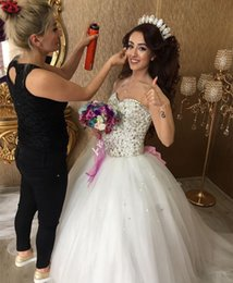 Princess Ball Gown Wedding Dresses 2018 Shining Crystal Beading Bodice Sweep Train Appliques Arabic Bridal Gowns Customized Cheaps Sale