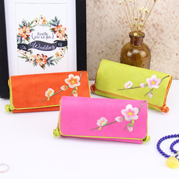 Portable Suede Leather Jewelry Roll Up Travel Bag Folding Embroidered flower Chinese Jewelry Bags Pouch 10pcs lot