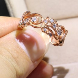 2018 Fine Handmade Jewelry Ring With Bezel Setting 5A CZ Rose Color Leaf Shape Women Rings For Lover Birthday Party Gift Size 5-10