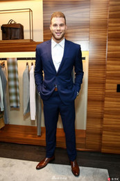 New men's suits, Korean suits, business casual banquet, the latest design of the groom dress, the best man's dancing party.