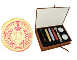 Vintage Seal Stamp Crown Wreath Initial Seal A-Z wax seal stamp wood handle Gift Box With 3pcs Wax Wedding invitation