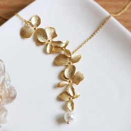 2018 New Gold Silver Orchid flower Necklace Boho Chic Necklace Wedding Jewelry Orchid flower Necklace for women