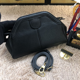 brand New real leather women cross body bag High quality small genuine leather shoulder bag for lady 524620