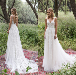 New Country Style Wedding Dresses 2019 Sexy V Neck Backless Full Lace Bridal Gowns Wedding Dress Sweep Train