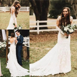 Bohemian 2020 Country Style Lace Wedding Dresses With Long Sleeves Sexy V Neck Backless Beach Boho Bridal Gowns Elegant Wedding Bride Dress